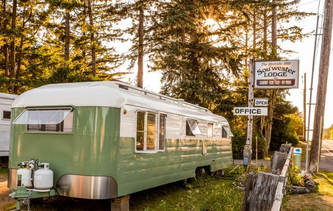 Unique motels of the Pacific Northwest